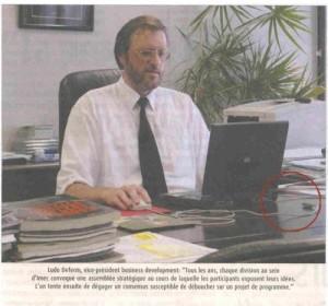 in-ufficio-con-il-computer immaginidivertenti.org